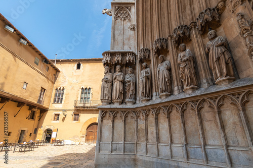 Around the Tarragona cathedral - 213356557