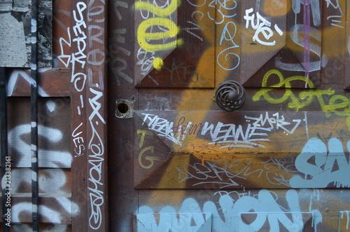 Plexiglas Graffiti Portes