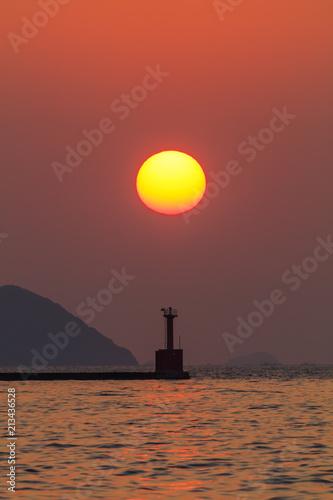 Foto Spatwand Baksteen 博多湾の夕日