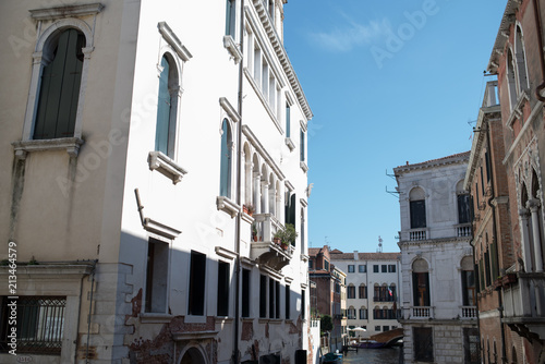 Venice. Classic italian architecture - 213464579