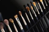 Professional makeup brushes - 213607522