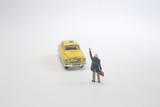 the mini figure wait the new york taxi - 213609593