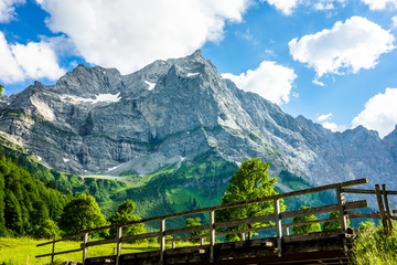 karwendel mountains © fottoo