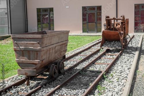 Foto Spatwand Spoorlijn Carro