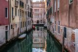 Venezia, canali - 213837139