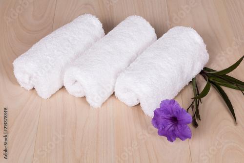 Plexiglas Zen Stenen set of white towels for spa