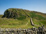 Landscape view on Hadrian wall - 213894590