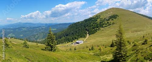 Moschkogelpanorama mit der Grillitschhütte - 213916192