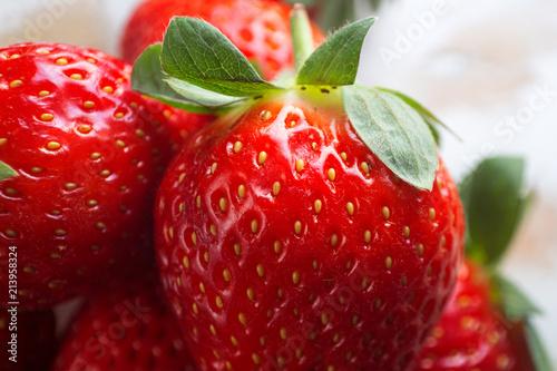 Strawberry Macro Red - 213958324