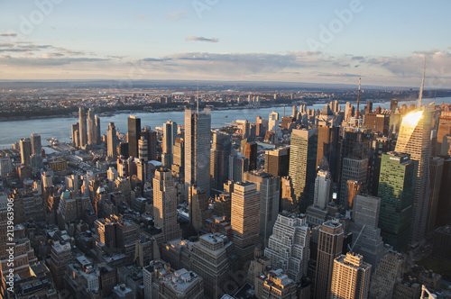 Foto Murales Manhattan street view and Nyc buildings from Empire State Building in New York City