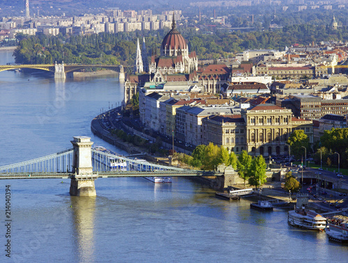Fotobehang Boedapest Budapest city view of Parliament building and Chain Bridge. Hungary
