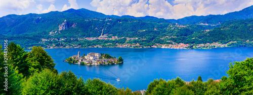 Fotobehang Freesurf Beautiful lakes of Italy - lago d'Orta and small pictorial island Orta san Giulio. Piedmont.