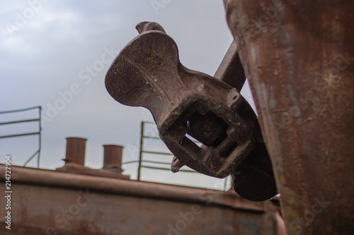 In de dag Schip Close up old rusty anchor on old abandoned rusty ship