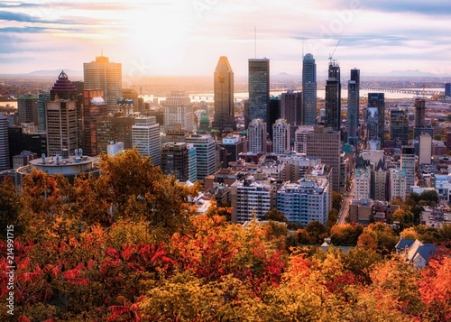 Montreal sunrise with colourful leaves