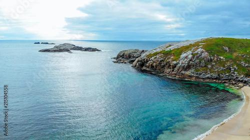 Canvas Blauw Beautiful Sheigra Beach and cliffs at Shegra North Scotland