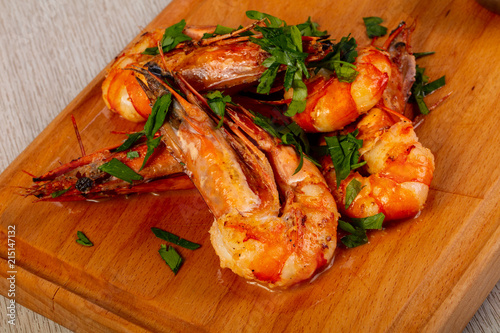 Canvas Tijger Grilled tiger prawns with herbs