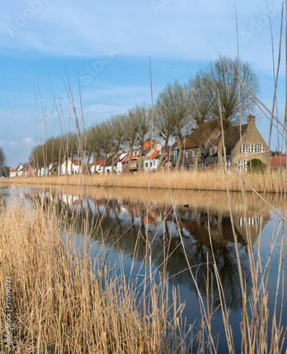 Foto Spatwand Brugge Village of Damme in Belgium