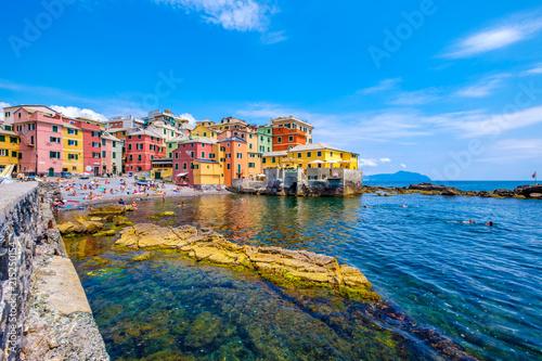 Fotobehang Liguria Plaża Boccadasse w Genui