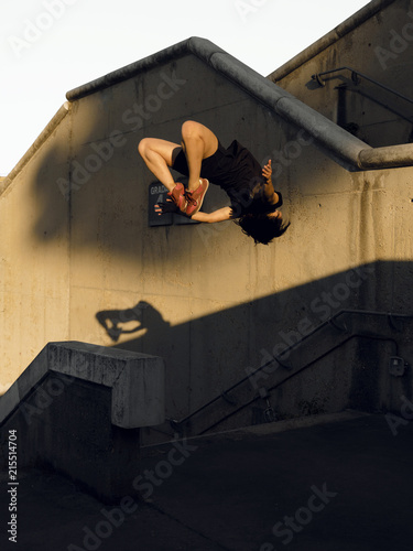 Parkour BAckflip Girl