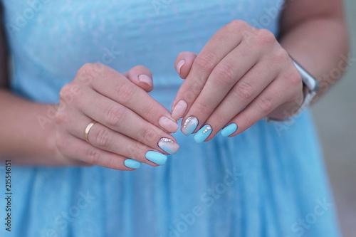 Canvas Manicure sea manicure