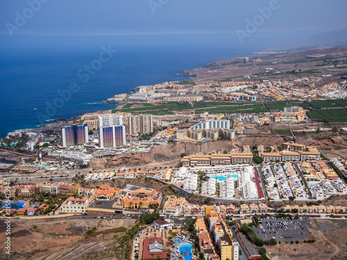 Foto Spatwand Zalm Aerial view of the south side of the Tenerife Island, including playa de las americas