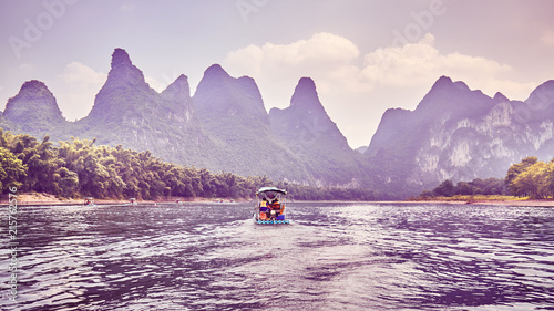 Aluminium Lavendel Color toned picture of The Li River (Li Jiang), China.
