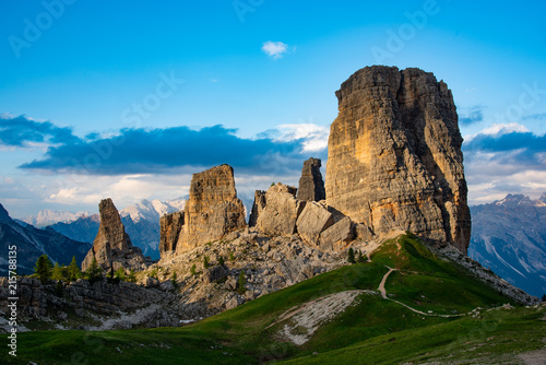 Foto Spatwand Blauw The beautiful Mountains view in Dolomites Italy.