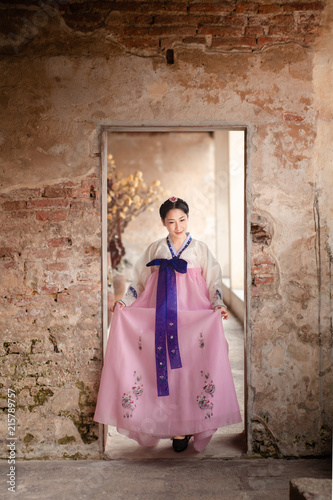 Aluminium Seoel Woman wearing Hanbok, Korean traditional dress costume walk and travel in Seoul city, South Korea