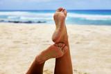 Female feet - 215798965