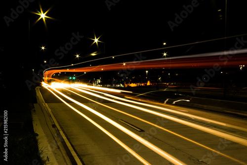 In de dag Nacht snelweg paisagismo