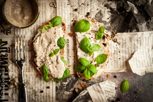 Tuna cream sandwich - 215989323