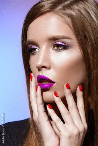Leinwanddruck Bild bright violet lips
