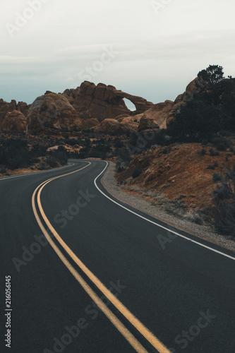 Fotobehang Grijze traf. Arches Highway
