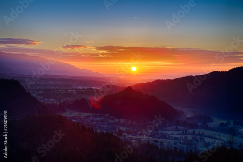 Foto Spatwand Zonsopgang Sunrise in the Julian Alps in Slovenia