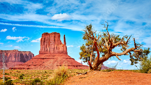 In de dag Arizona Western landscape in the Monument Valley, USA.