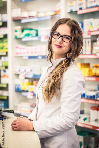 Canvas Apotheek Pharmacist