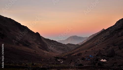 Foto Spatwand Chocoladebruin Abendrot am Camp vom Djebel Toubkal
