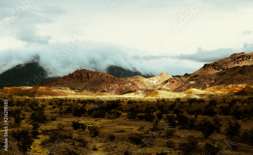 Canvas Wit Dense clouds rolling over the top of a mountain in Big Bend National Park