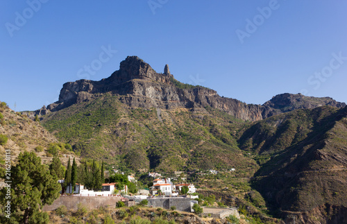 Fotobehang Canarische Eilanden Roque Nublo splendid views from Tejeda town in Gran Canaria, Spain. Popular mountain landmark in Canary Islands. Tourist attraction, travel destination concepts