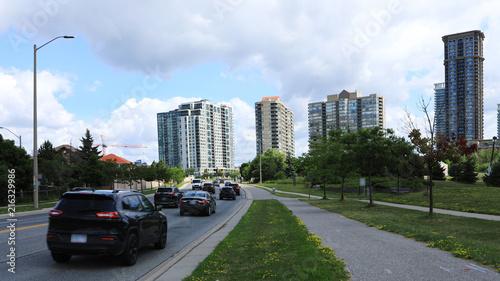 In de dag Canada Scene of traffic in Mississauga, Ontario