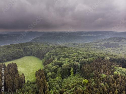 Canvas Pistache Regenwolken über der Schwäbischen Alb - Luftaufnahme