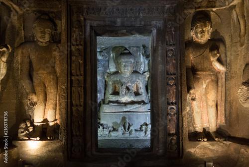 Fotobehang Boeddha Ajanta Höhlen in Indien
