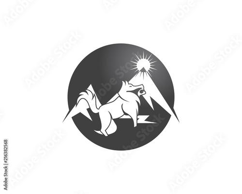 Fototapeta Wolf in mountain logo vector illustration