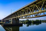 Zugbrücke über Donau HDR