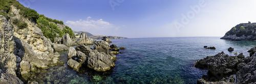 panorama in Albania vicino alla Grecia - 216537733