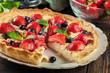 Leinwanddruck Bild - Tart with curd cheese, strawberries and blueberries