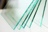 Sheets of Factory manufacturing tempered clear float glass panels cut to size - 216791374