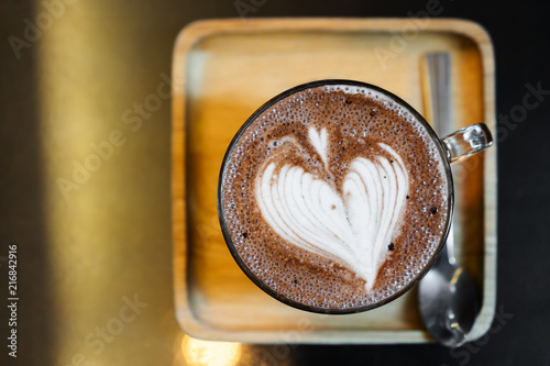 Canvas Chocolade hot chocolate with heart shape in cup
