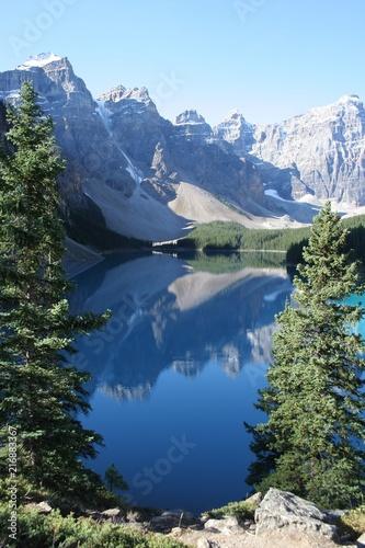 In de dag Canada Lac Moraine