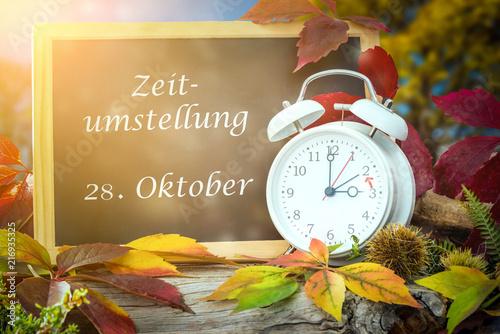Leinwanddruck Bild Umstellung auf Winterzeit am 28 Oktober nicht vergessen